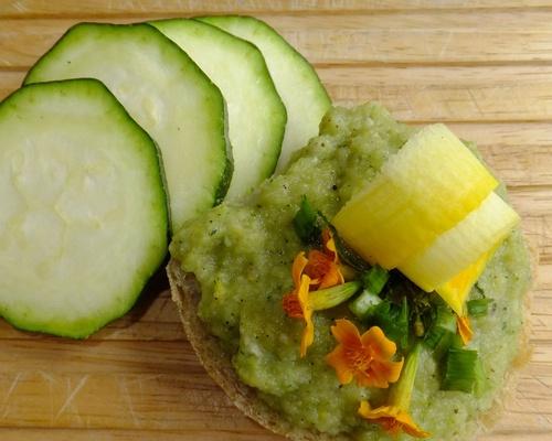 Zucchini-Aufstrich-Dip