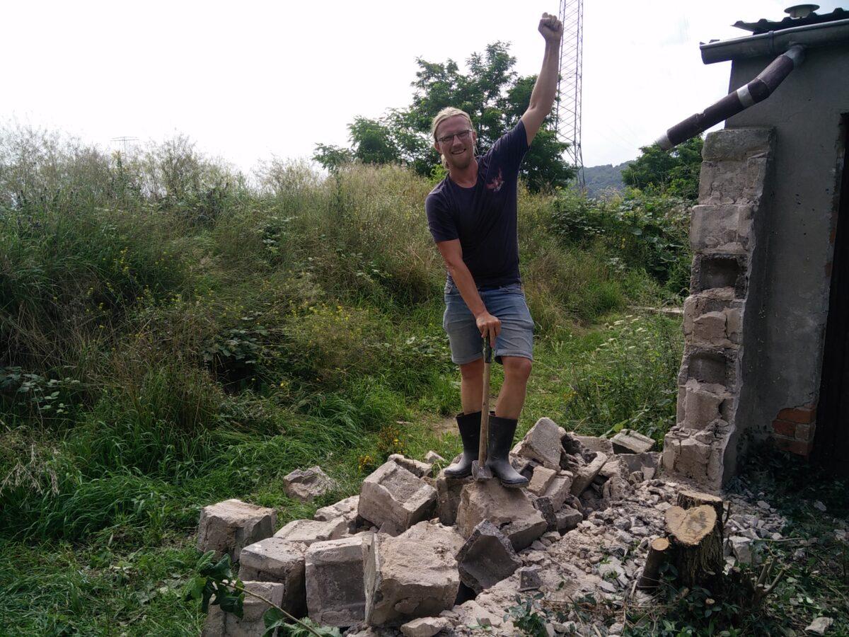 Einen Schritt weiter – Geländeentwicklung auf dem Hof